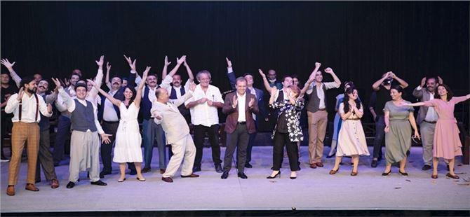 Mersin Büyükşehir'den Tiyatro Emekçilerine Tam Destek