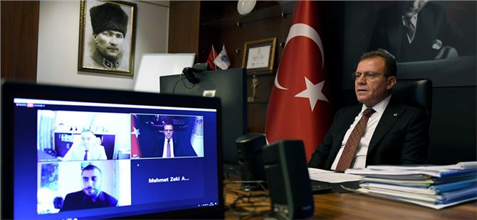 Başkan Seçer, Mersin'deki Akıllı Kent Uygulamalarını Anlattı