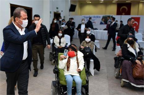 Başkan Seçer, engelli derneklerinin sorun ve taleplerini dinledi