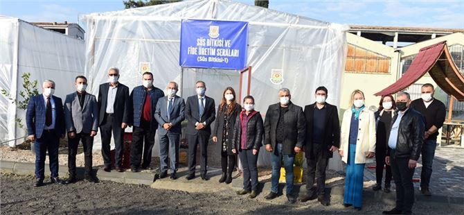 Tarsus Belediyesi atık malzemelerden sera oluşturdu