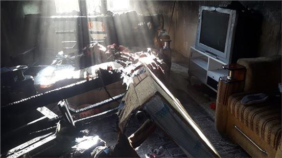 Tarsus'ta ev yangınında maddi hasar meydana geldi