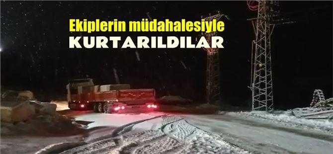 Mersin'de yoğun kar yağışı sebebiyle mahsur kalan 10 tır kurtarıldı