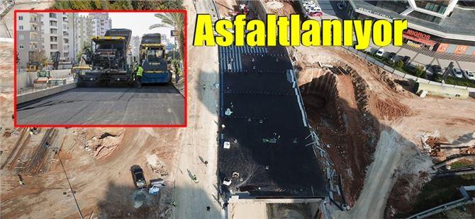 Mersin'in yeni katkı kavşağı asfaltlanıyor