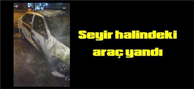 Tarsus'ta seyir halindeki araç yandı