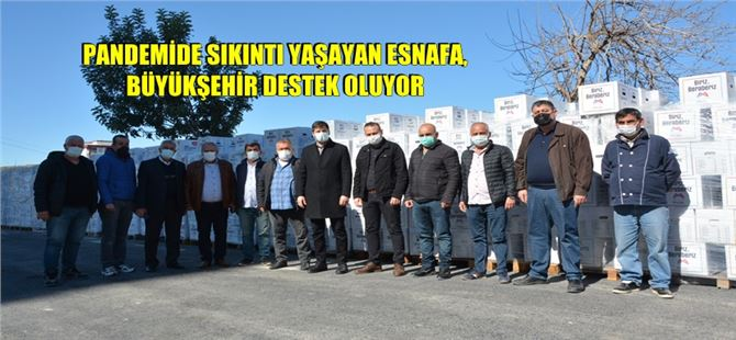 Büyükşehir'den Tarsus ve Çamlıyayla'da iş yeri kapalı esnaflara gıda kolisi