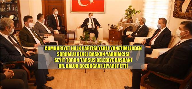 Seyit Torun ve CHP'li vekiller Tarsus Belediyesi'ni ziyaret etti