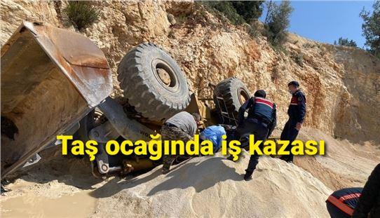 Mersin'de iş makinası devrildi,  1 kişi hayatını kaybetti