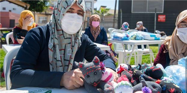 """Büyükşehir'in """"Eviniz Atölye"""" projesi kadınlara güç verdi"""