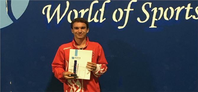Kortların Genç Fırtınası Emir'e ABD Üniversitesinden Tenis Bursu