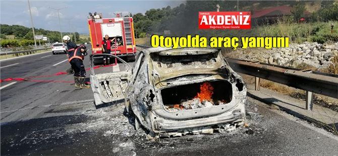 Tarsus-Ankara yolunda seyir halindeki araç yandı