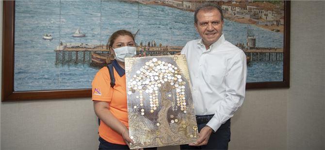 Büyükşehir Saha Personeli Dilek Cansız, Atıkları Sanat Eserine Dönüştürüyor
