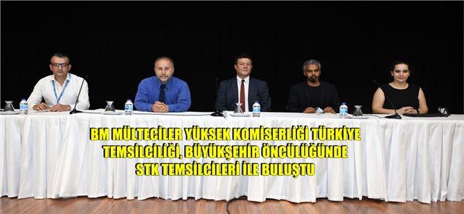 Mersin'deki mültecilerin sorunları konuşuldu