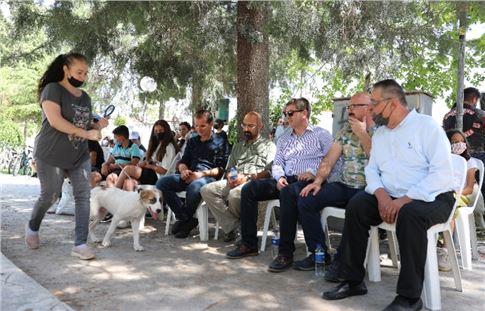 Burdur'da hayvanseverlere ödülleri verildi