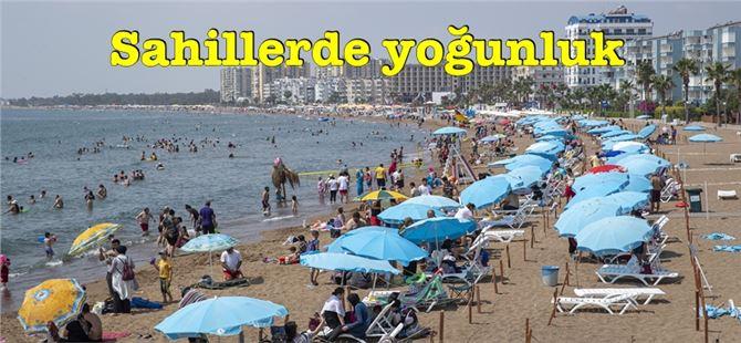Tatilciler Büyükşehir'in plajlarındaki ilgiden, imkanlardan ve hizmetten memnun