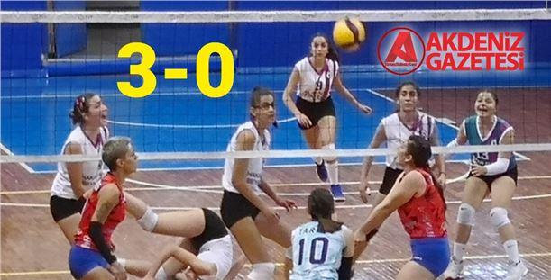 Tarsus Belediyespor, Konya ekibini set vermeden geçti